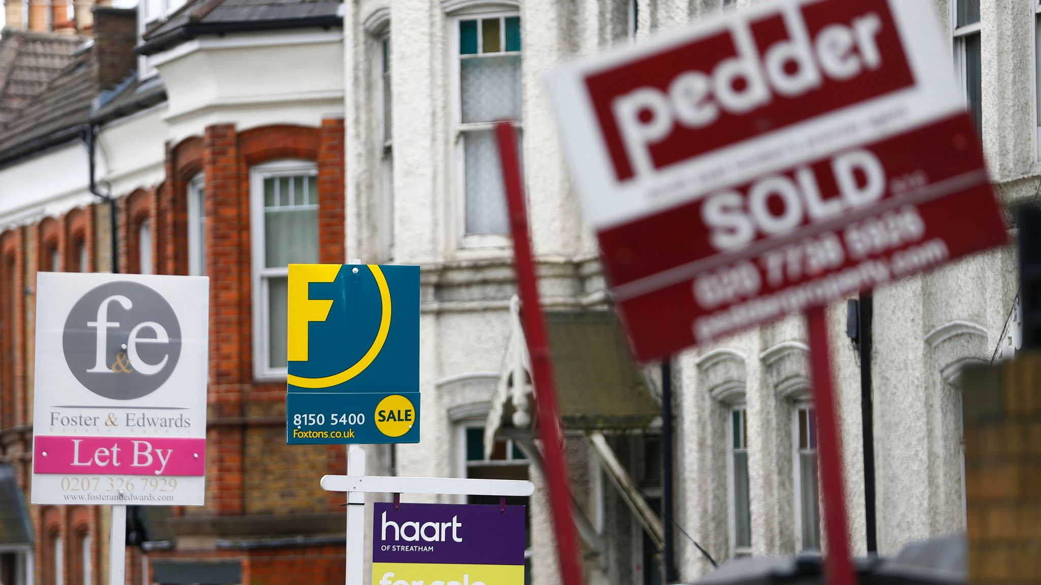 'Race for Space' Causes 10.9% Increase in UK House Prices.